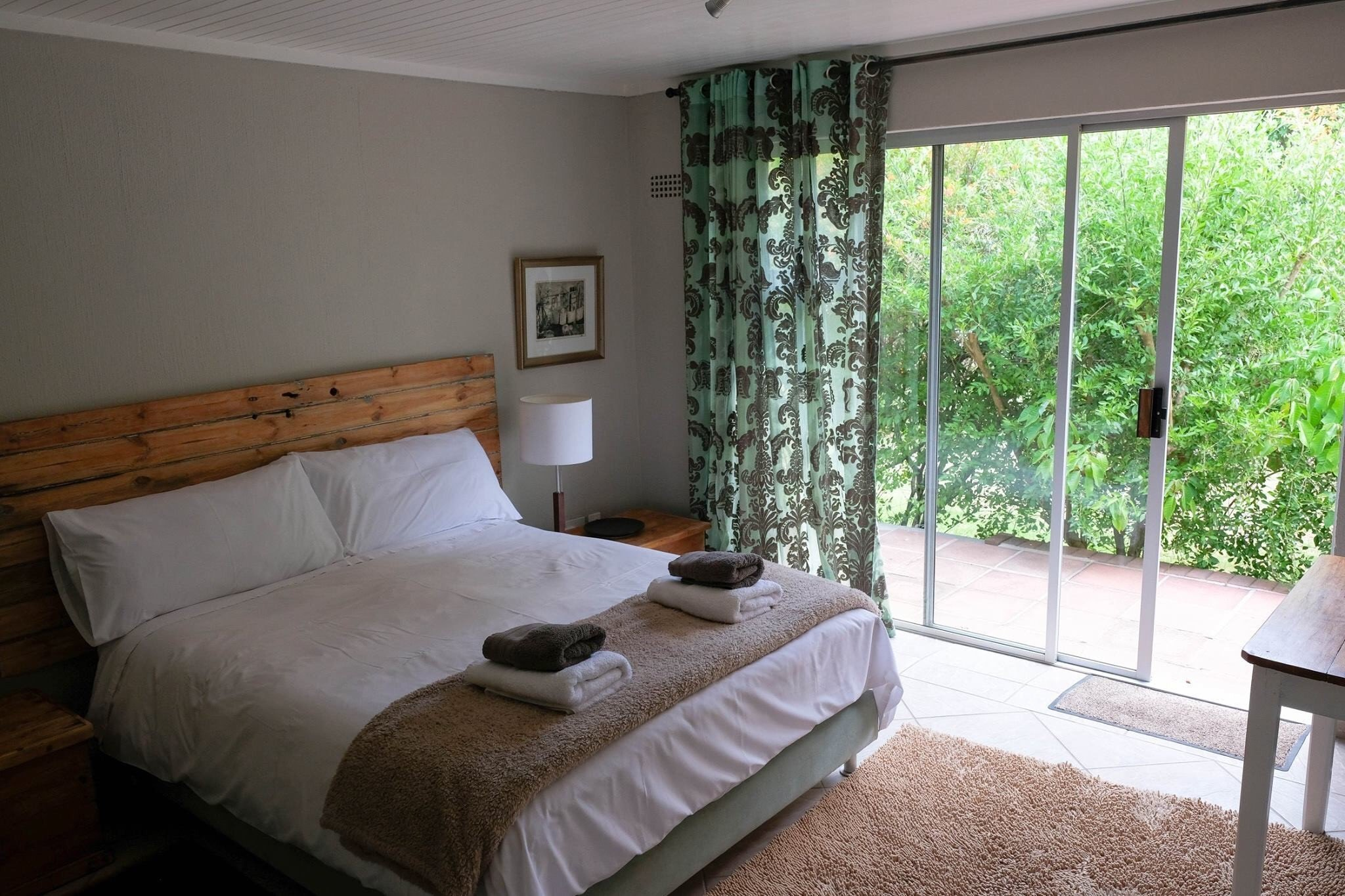 SWE Intaka Room